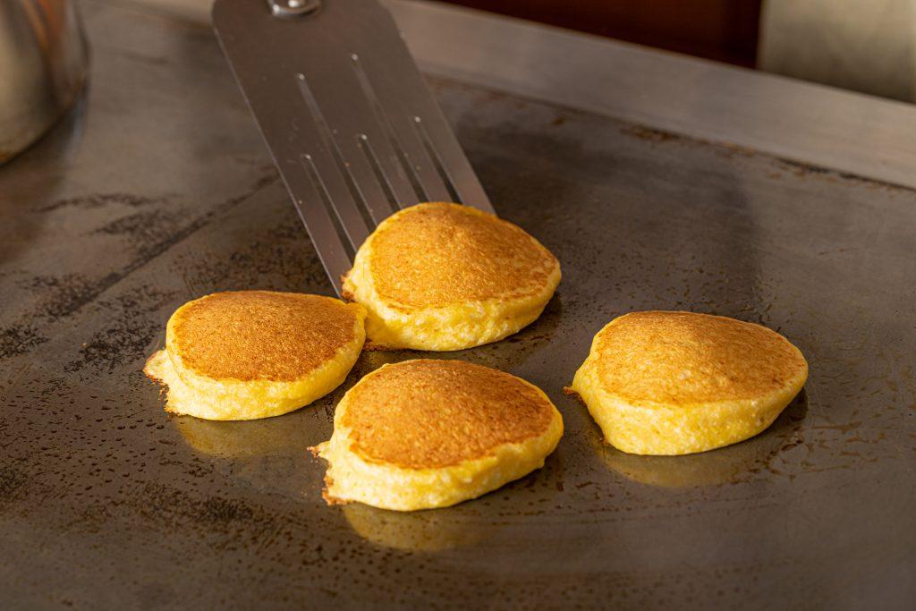 ガーデンヴィラ白浜:鉄板で作るふわふわパンケーキ