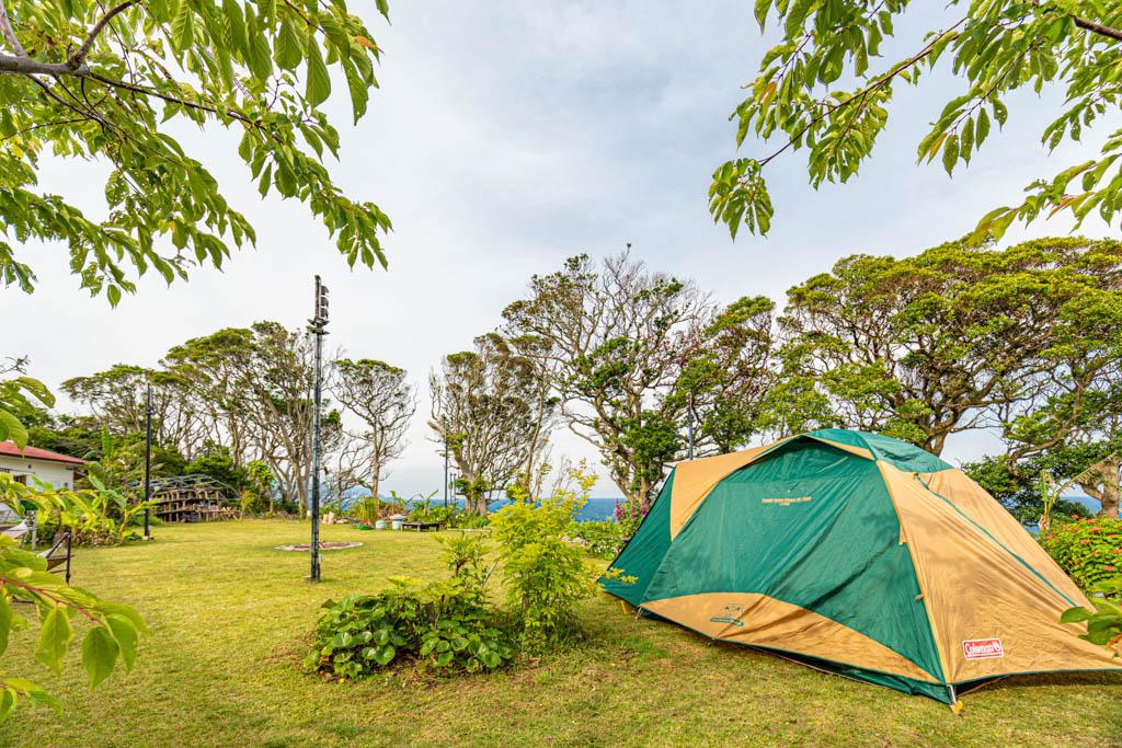 キャンプホテル